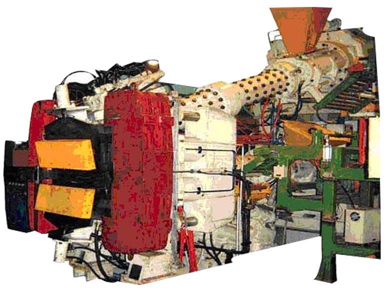 桂林合众国际橡塑机械三复合挤出机组