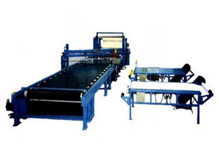 青岛科高橡塑机械XWC-1500纤维帘布卧式裁断机