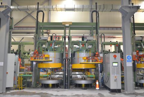 智能化全钢液压硫化机