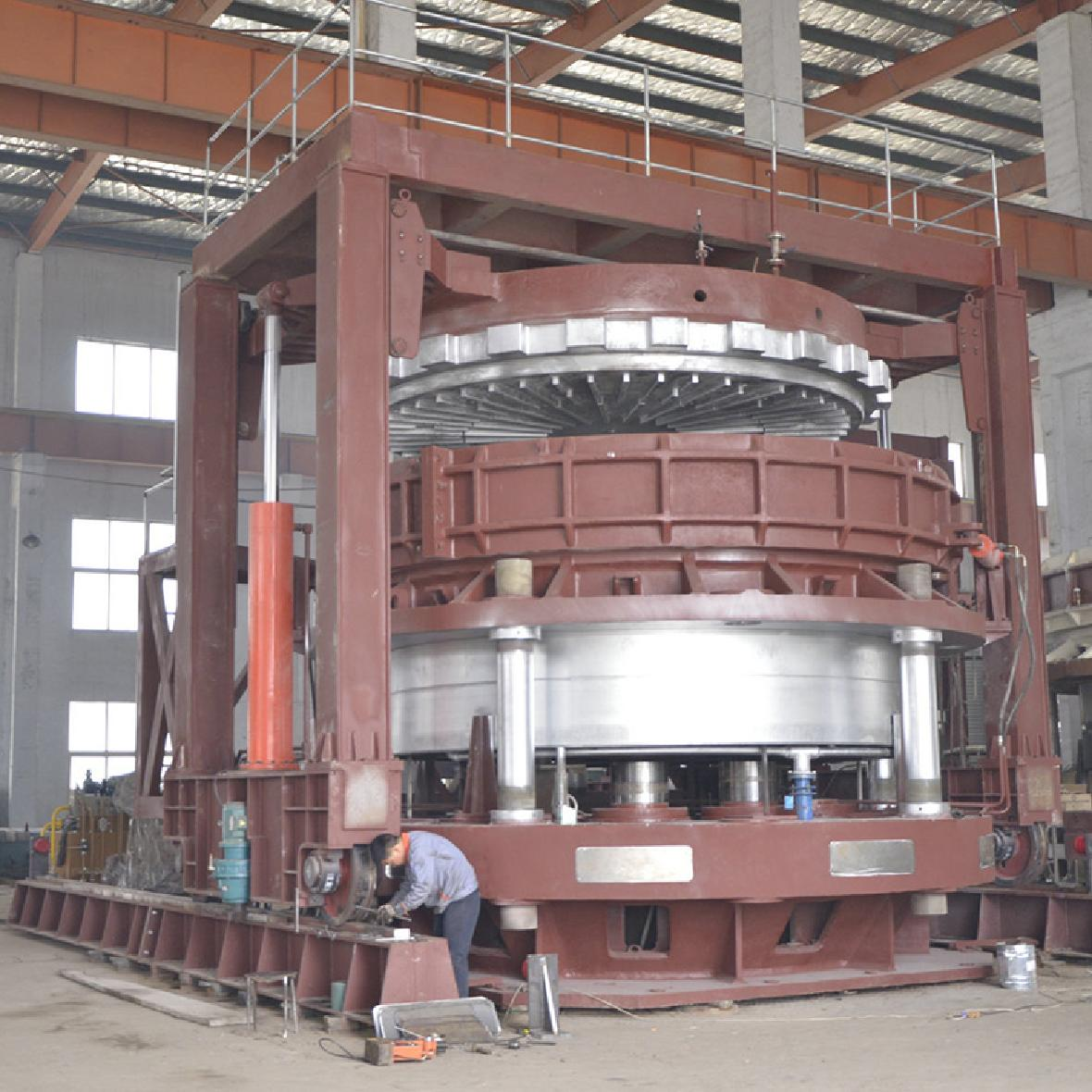 巨型全钢轮胎液压定型硫化机