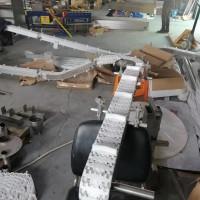 65mm防滑柔性线垂直链板输送机